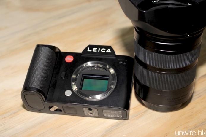 NOV17-Vertu+Leica105